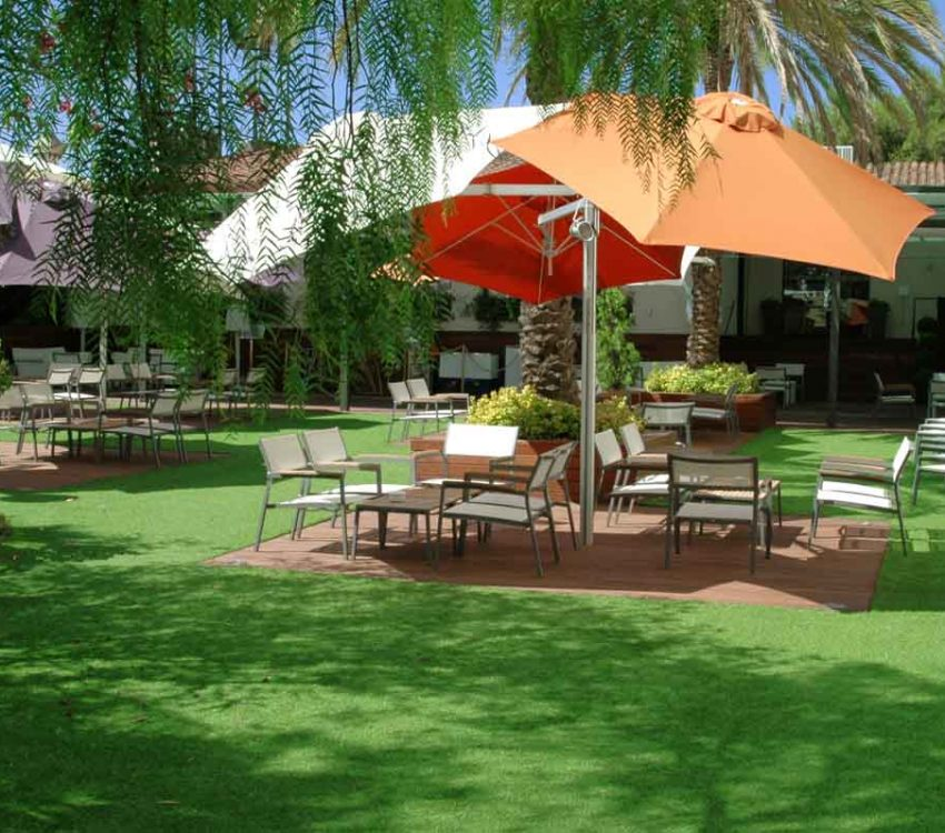 artificial-grass-hotel-spain